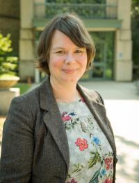 Dr. Claudia Janssen Danyi