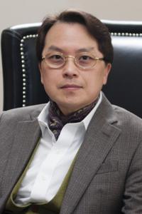 Simon Lee