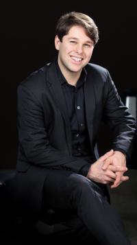 Victor Cayres