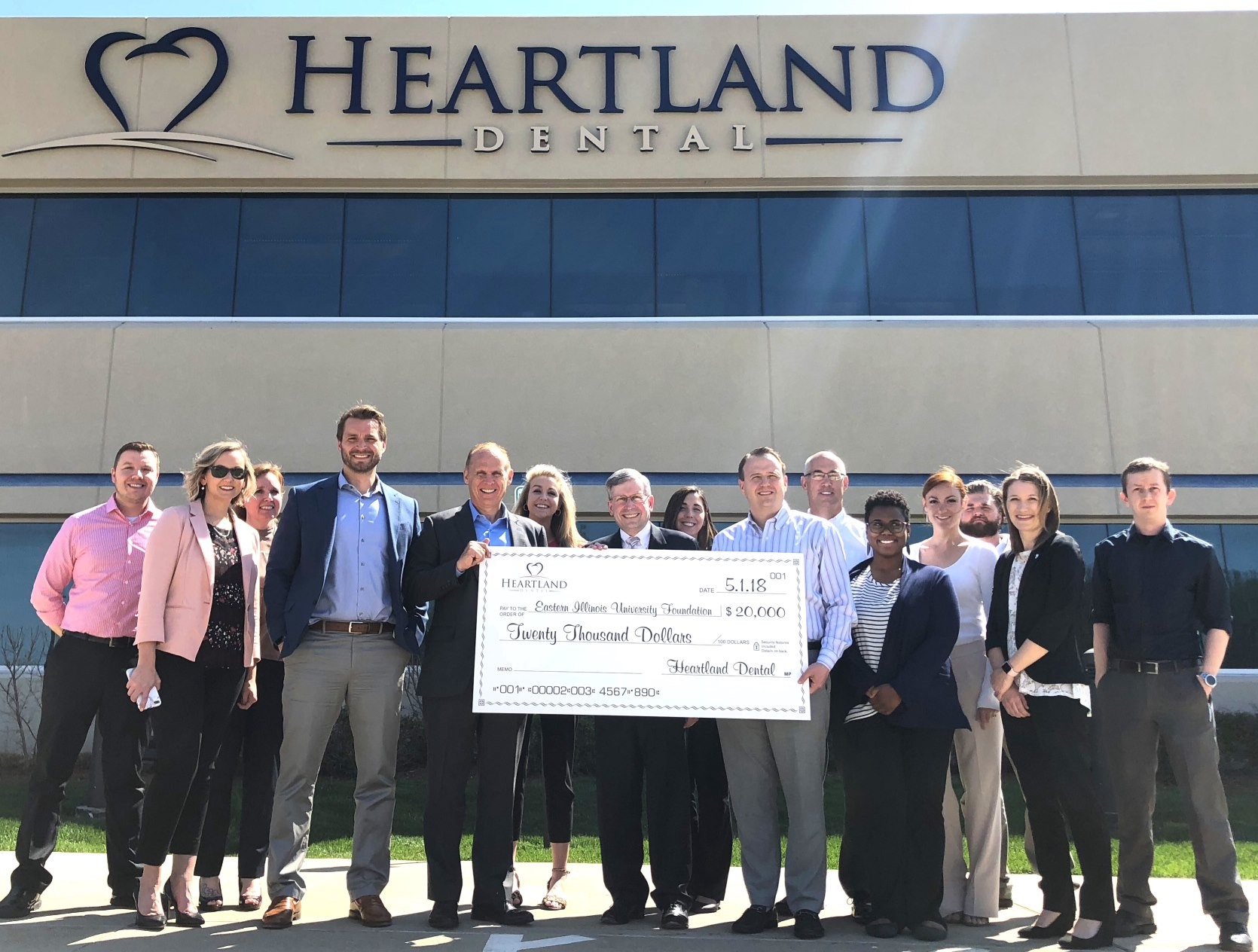 Eastern illinois university university marketing and communication leaders from heartland dental in effingham together with representatives of eastern illinois university came together may 1 to further support the fandeluxe Images